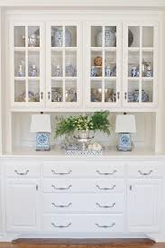 Built In Cabinets In Dining Room Best 25 Cottage Dining Rooms Ideas On Pinterest Nautical Dining