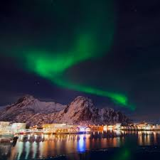 vacation to see the northern lights lights vacation