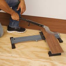 Laminate Floor Cutting Tools Flooring Cuttingminate Flooring Around Doorways Planks Installed