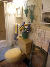 Vintage Style Bathroom Ideas Affordable Vintage Style And Flowery Theme Small Decor Bathroom