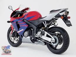 honda motorcycle 600rr honda cbr600rr 2005 by colin schiller mcnews com au