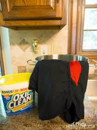 how to get sweat smell out of dry fit clothes a pretty happy home you re going to want to use an entire scoop of oxiclean i know i know it seems like a lot it is add the entire scoop to no more than 4