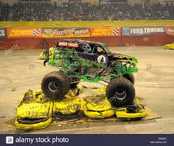 how long is monster truck show the grave digger at monster jam the monster jam monster truck