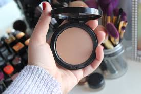 bobbi brown golden light bronzer best buttery bronzer bobbi brown mirasmuse