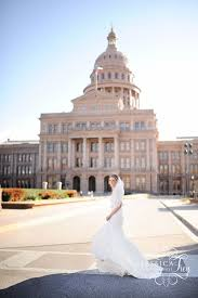 Wedding Photographer Austin Austin Bridals At The Texas State Capitol Austin Wedding