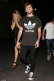 louis tomlinson full biography pregnant briana jungwirth hints she s having a hard time one month