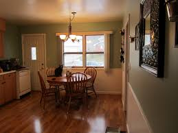 oak kitchen cabinets and wall color awesome paint colors with