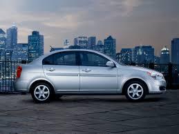 hyundai accent car review 2010 hyundai accent price photos reviews features