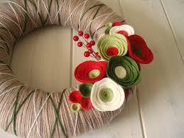 yarn wreath felt handmade door decoration от itzfitz
