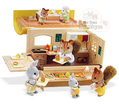Calico Critters Play Table by Sylvanian Families Calico Critters Hamburger Wagon