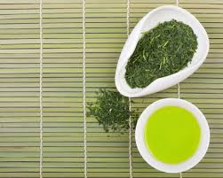 Teh Hijau mana yang lebih sehat matcha atau daun teh hijau