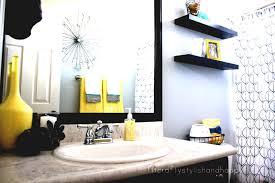 Bathroom Ideas On Pinterest Best 25 Yellow Bathrooms Ideas On Pinterest Yellow Bathroom