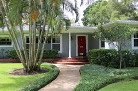 Home Exterior Design Program by Exterior House Paint Colors With Red Brick Fromstresstofreedom Com