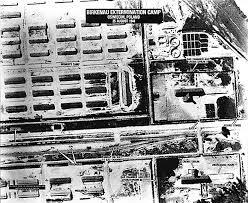chambres a gaz vue aérienne du c de concentration de birkenau chambres à gaz