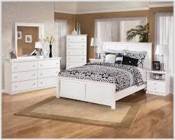 Vintage Looking Bedroom Furniture by Vintage Looking Bedroom Furniture Sets Bedroom Home Decorating