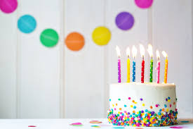 20 gâteaux danniversaire incroyables pour vos enfants  Magicmamancom