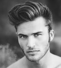 coupe de cheveux homme mode coiffure homme avec un trait hancock