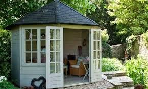 costruzione casette in legno da giardino 13 idee per usare le casette in legno da giardino arreda il giardino
