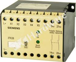 plc hardware siemens 3tk2801 0db4 used in a plch packaging