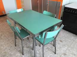 table de cuisine en formica table de cuisine formica vert pivoteau