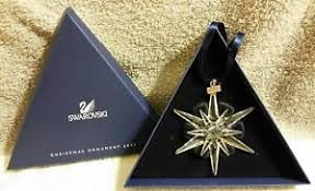 2005 swarovski annual snowflake ornament w
