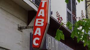 bureau de tabac annecy aix les bains un homme braque un bureau de tabac armé d un fusil