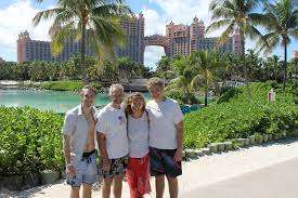paradise island the seeley family