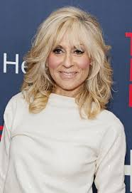 turning 40 hairstyles judith light medium length layered hairstyles l www