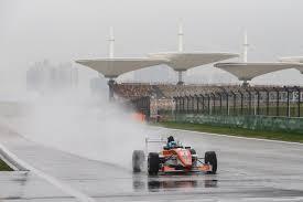 formula 4 isyraf danish daniel lu takes double victory at sepang u2013 pit talk asia