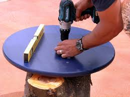 How To Build A Round Wooden Picnic Table by How To Create A Tree Stump Table How Tos Diy