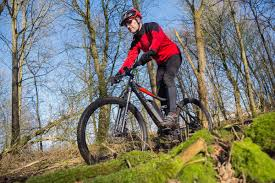how to dress pro cyclingtips 21 tips to look like a beginner on your mountain bike