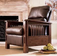 Wooden Arm Chairs Living Room Chair Chair Accent Chairs With Wood Arms Traditional Leather