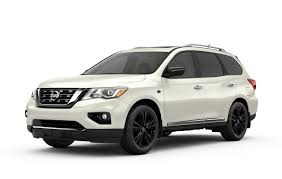 nissan pathfinder platinum nissan canada offers pathfinder platinum midnight edition to