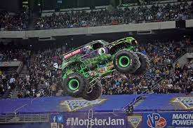 adam anderson joins team grave digger 2016 monster jam