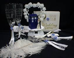 dr who wedding cake topper wedding lot cake topper w dr who doctor tardis phone booth