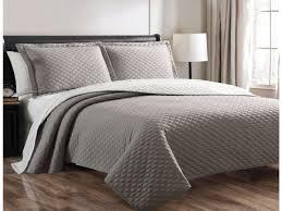 Quilted Bedspread King Bedroom Interesting Quilted Bedspreads For Modern Bedroom Design