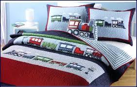 kohls kids bedding quilts and coverlets kohls dog print kids bedding sets boys girls