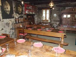 cuisine paysanne auberge paysanne valaix pascal restaurant val d arcomie cdt cantal