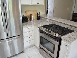 walking distance to all restaurants and 2 s vrbo