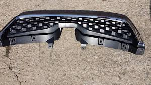 subaru forester grill used subaru forester grilles for sale page 2