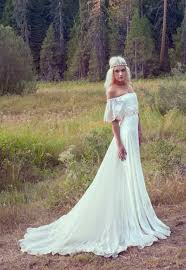 hippie wedding dresses wedding trends whimsical wedding gold weddings and