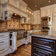 Kitchen Cabinets French Country Style I Love This French Country Kitchen And These Cabinets Are