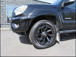 toyota tacoma rims and tires 2015 toyota tacoma with 18 inch fuel road rims tires