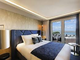 hotel avec dans la chambre bordeaux chambre d hotel avec bordeaux idées décoration intérieure