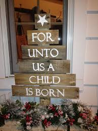 Cheap Diy Outdoor Christmas Decorations by 10 Ways To Keep The Meaning Of Christmas In Mind Wonderful