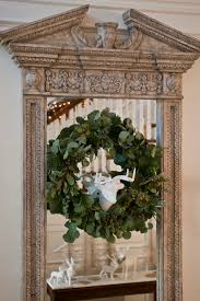 traditional home christmas decorating decorating holiday wreaths traditional home