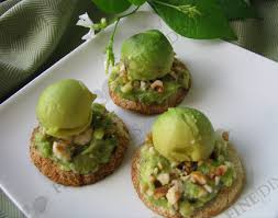 canape mousse avocado mousse crostini appetizer with avocado balls finedinings
