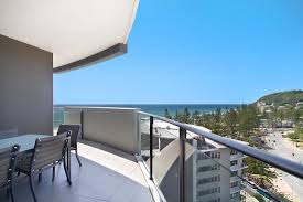 two bedroom apartments in burleigh heads ambience on burleigh beach