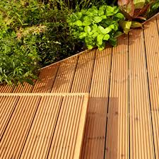Longest Lasting Cedar Deck Stain by Ronseal Ultimate Decking Stain 2 5ltr Charcoal Ref 36912