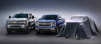 2015 Chevy Colorado Diesel Specs 2015 Chevrolet Colorado Teased Beside Its Siblings Autoguide Com